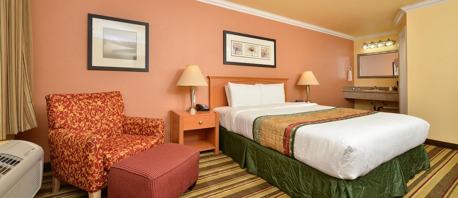 BOOK DIRECTLY ON INN BY THE SFO'S OFFICIAL WEBSITE AND GET THE LOWEST RATES